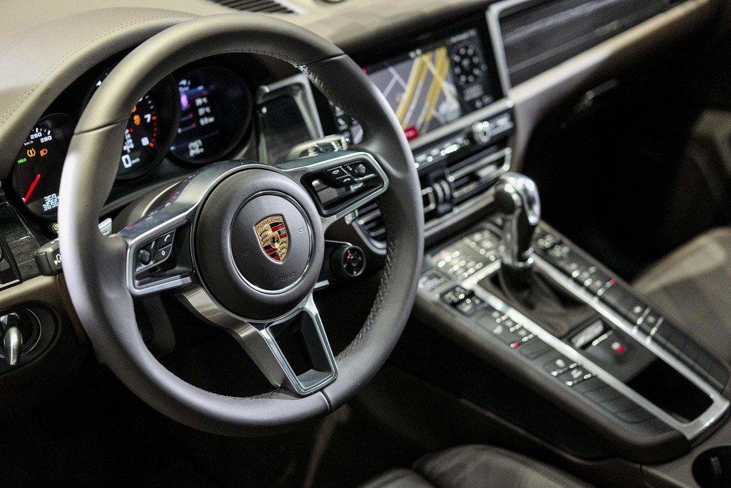Nội thất xe Porsche Macan