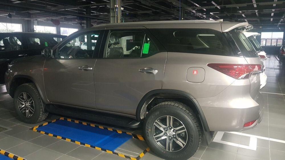 Bán xe Toyota Fortuner sx 2019, ưu đãi hấp dẫn (5)