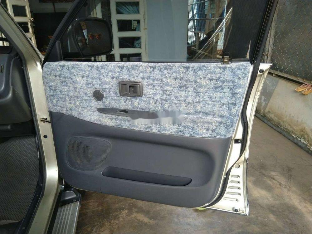 Cần bán xe Toyota Zace Gl sản xuất năm 2005 (4)
