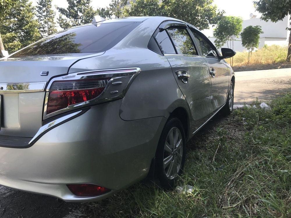 Bán Toyota Vios MT đời 2016, màu bạc (11)