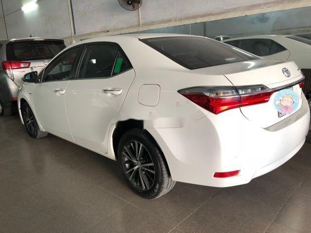 Bán Toyota Corolla Altis 2.0V 2017, màu trắng như mới (5)