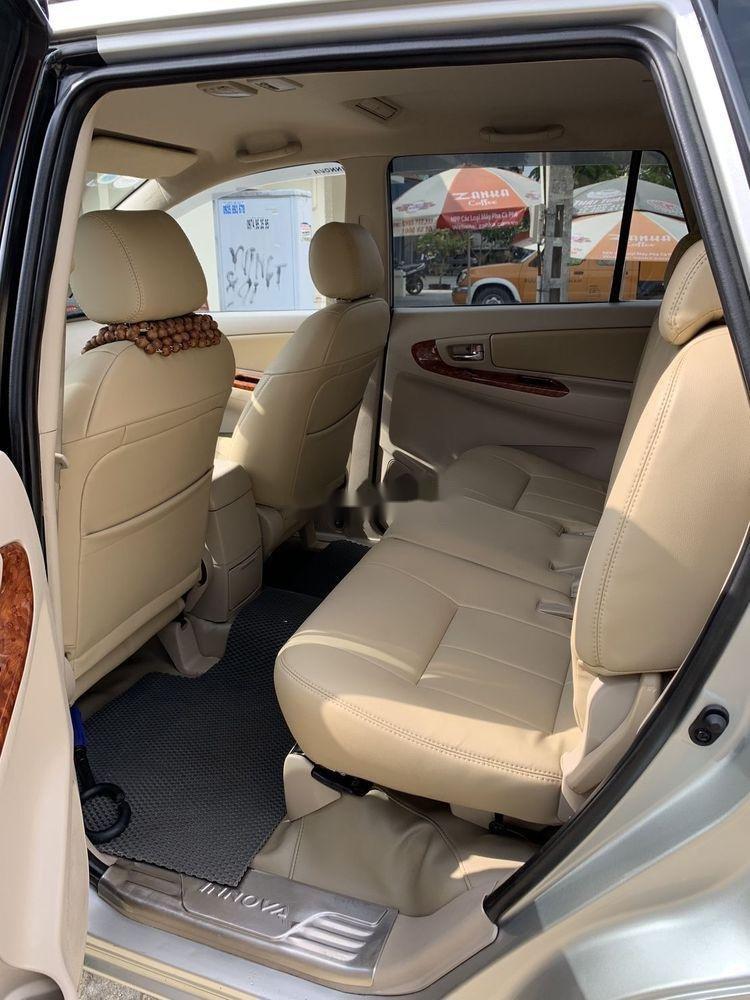 Xe Toyota Innova đời 2008, giá 349tr (9)