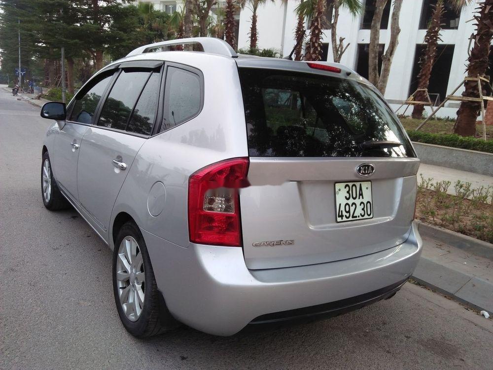 Bán xe Kia Carens năm 2015, màu bạc, giá tốt (1)