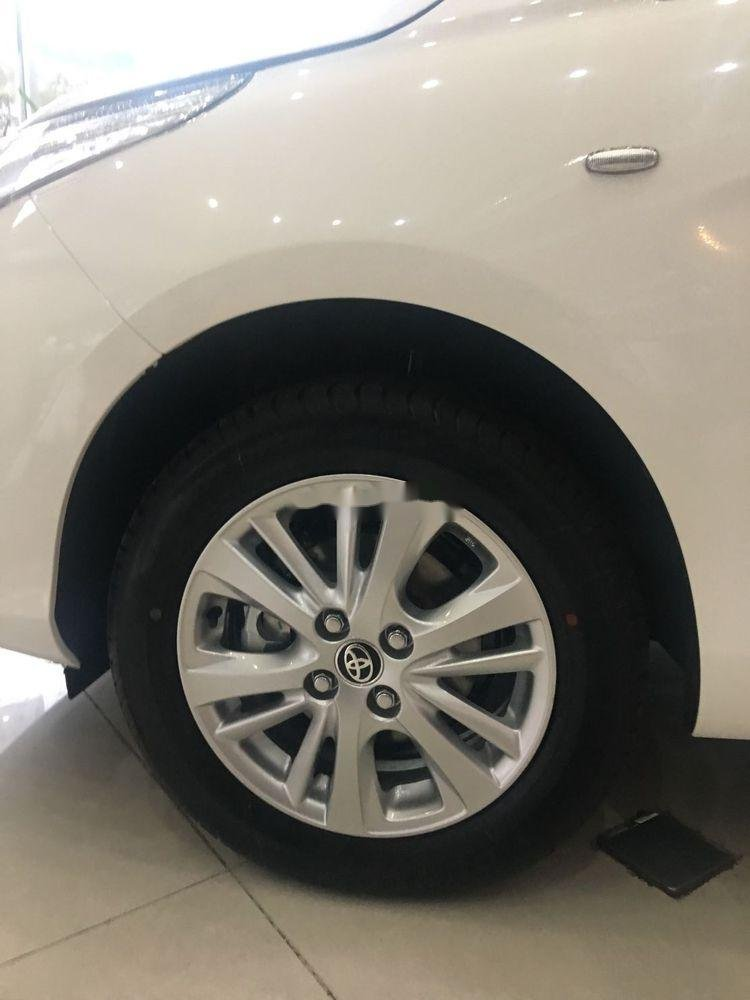 Cần bán Toyota Vios năm 2019, màu trắng. Ưu đãi lớn (4)