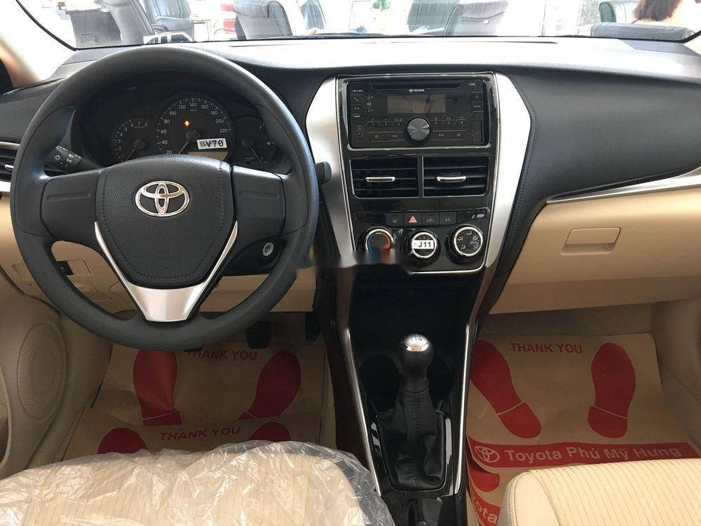 Cần bán Toyota Vios năm 2019, màu trắng. Ưu đãi lớn (2)