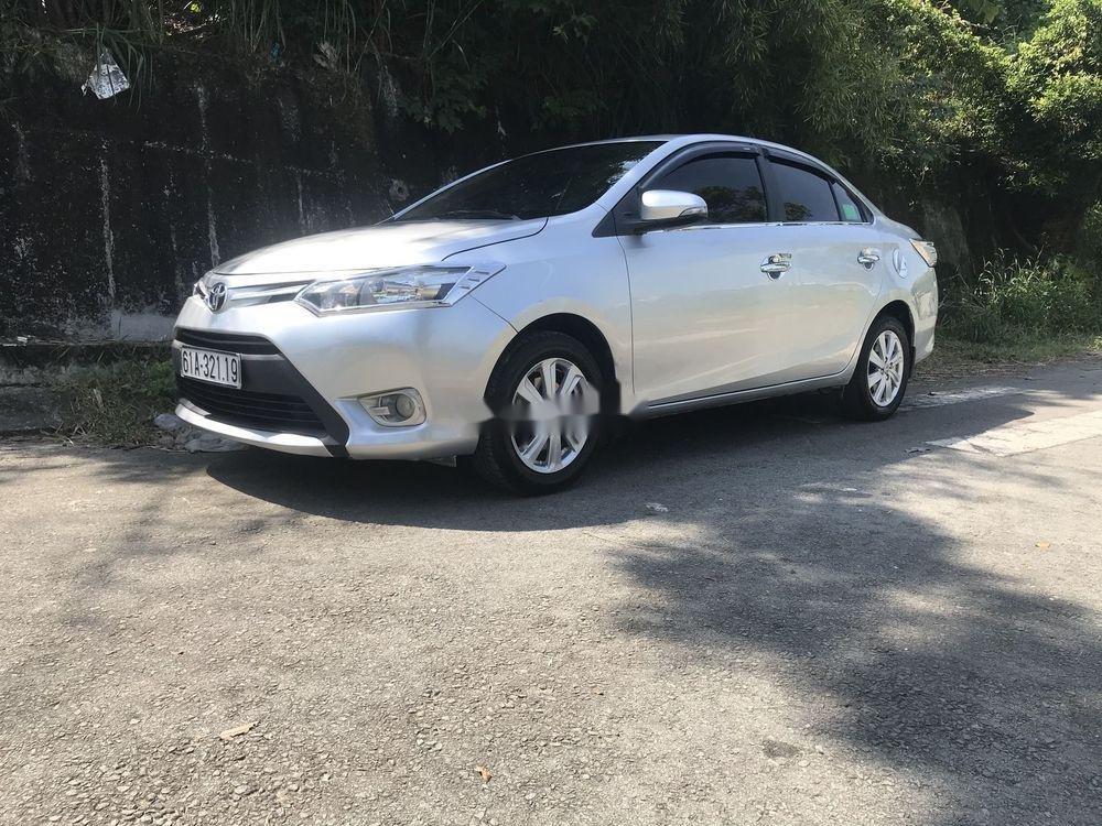 Bán Toyota Vios MT đời 2016, màu bạc (3)