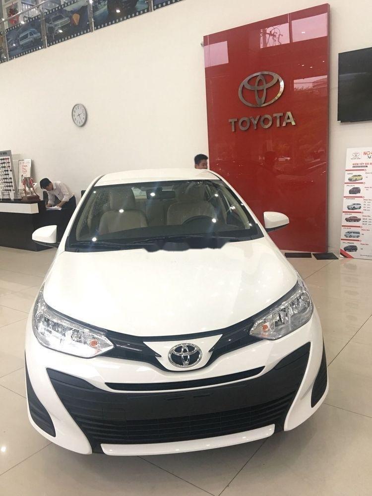 Cần bán Toyota Vios năm 2019, màu trắng. Ưu đãi lớn (3)