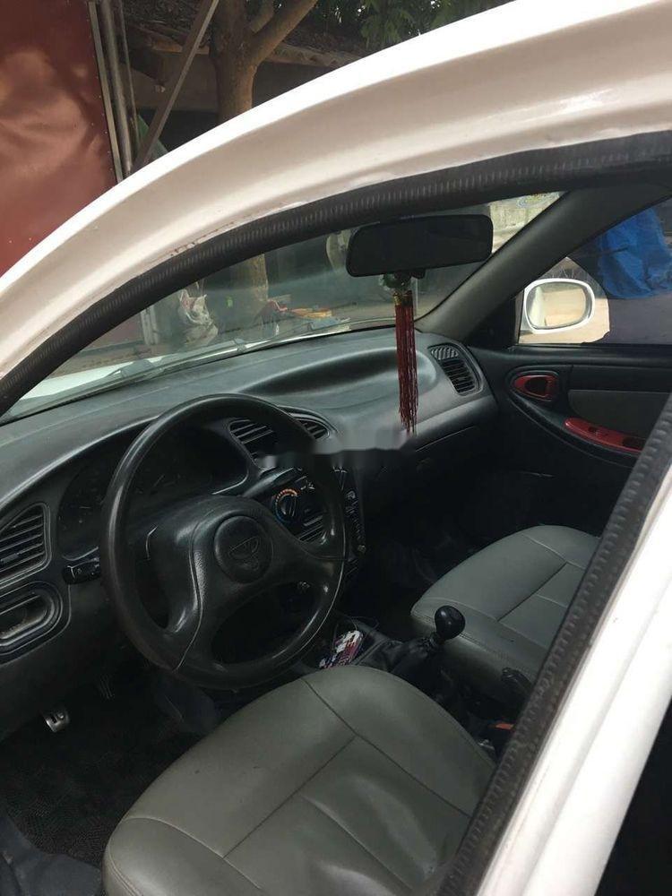 Cần bán lại xe Daewoo Lanos sản xuất năm 2002, màu trắng (4)