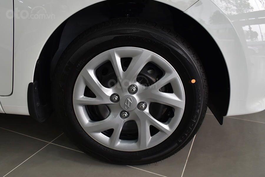 Bán ô tô Hyundai Grand i10 đăng ký 2019, màu trắng, xe nhập giá 340 tỷ đồng, khuyến mãi lớn cuối năm (5)