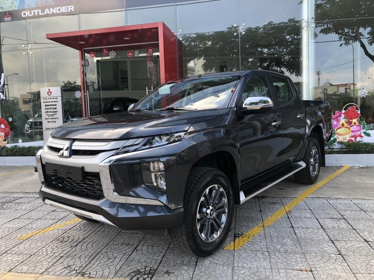 Mitsubishi Triton số tự động, thiết kế mới cực đẹp, giá cực rẻ. Gọi: 0905.91.01.99 (2)