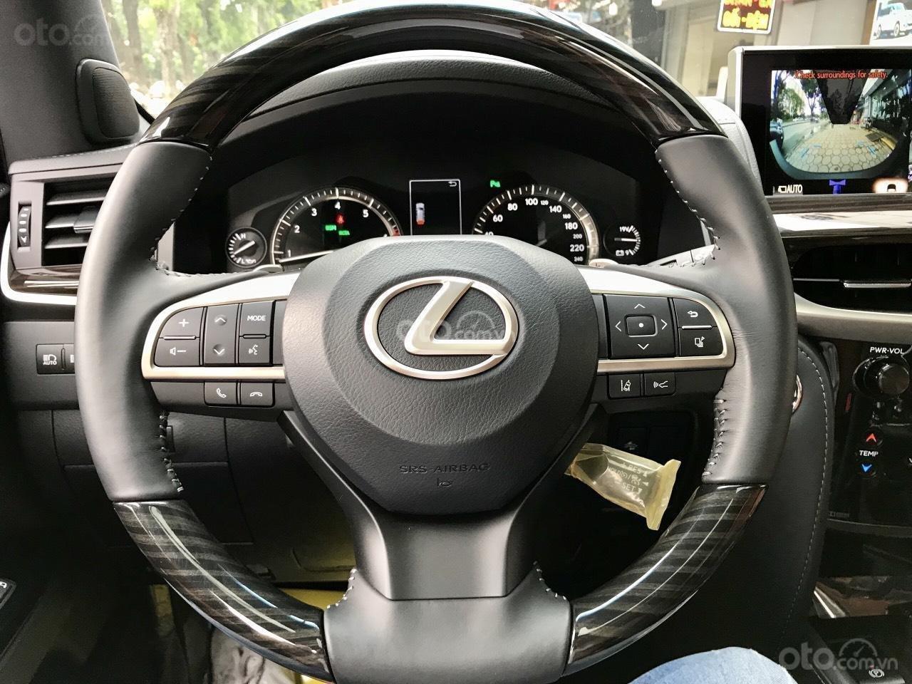 Cần bán chiếc Lexus LX 570S MBS, sx 2019, màu vàng, giá cả ưu đãi (15)