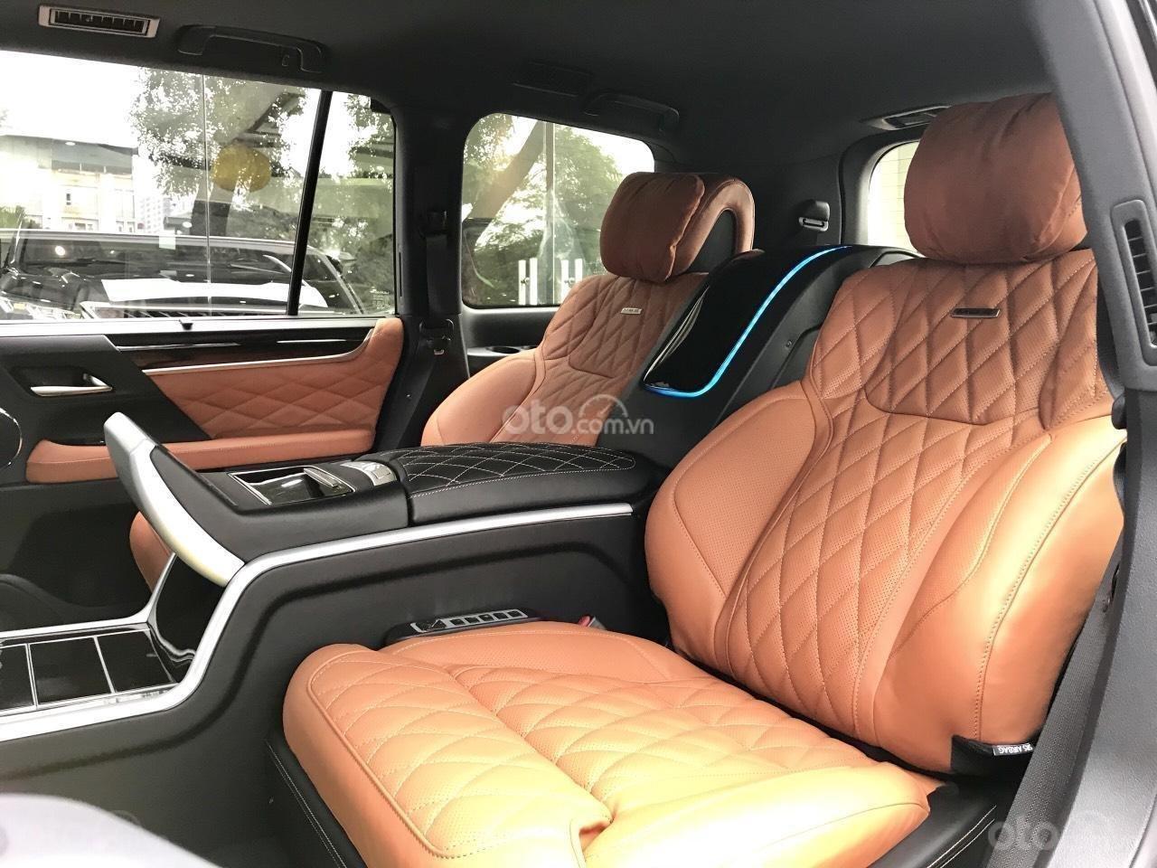 Cần bán chiếc Lexus LX 570S MBS, sx 2019, màu vàng, giá cả ưu đãi (16)