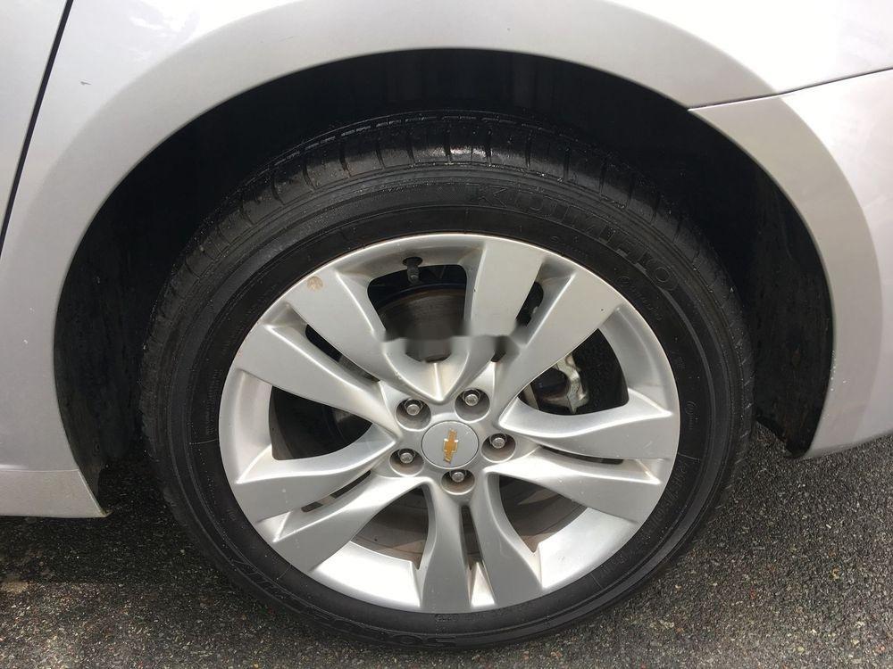 Cần bán Chevrolet Cruze sản xuất 2017, màu bạc (4)