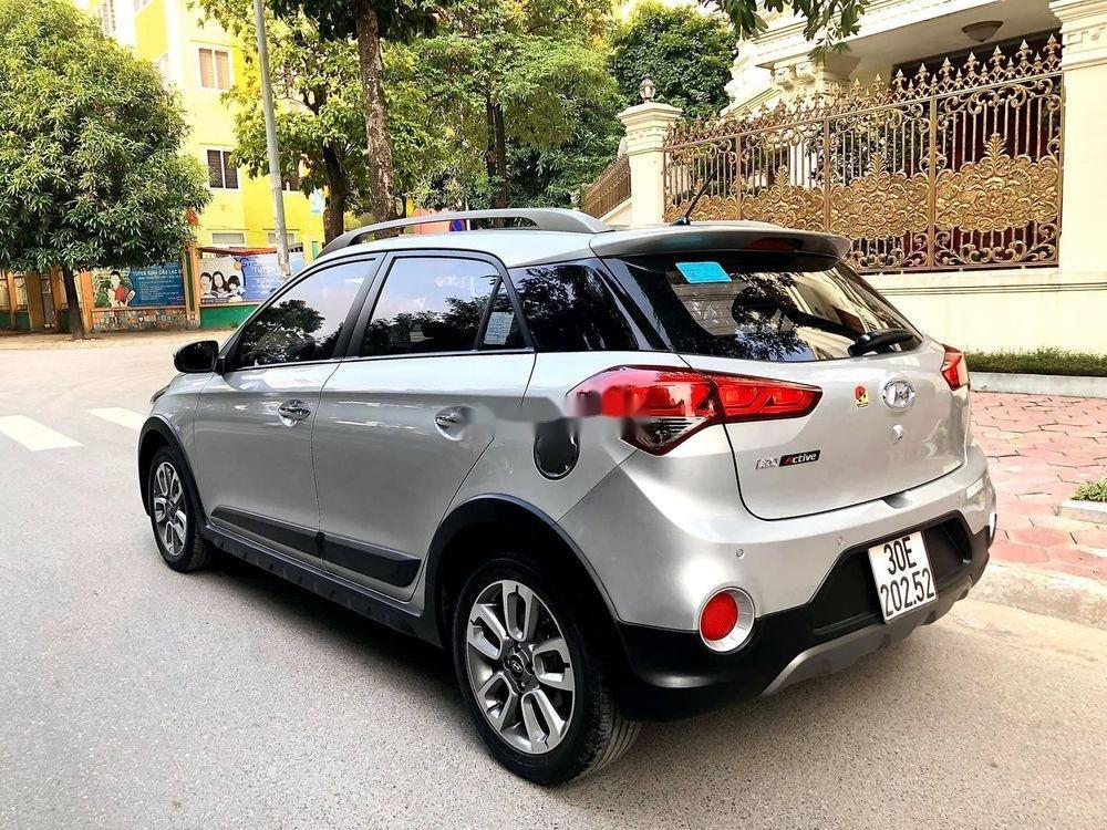 Cần bán Hyundai i20 Active năm 2016, màu bạc, nhập khẩu (2)