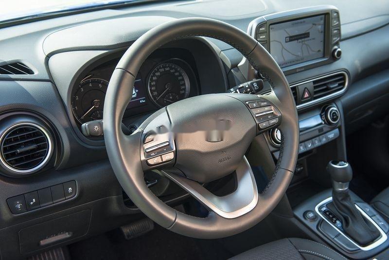 Bán xe Hyundai Kona năm 2019, giao ngay, trả góp, đủ màu (4)