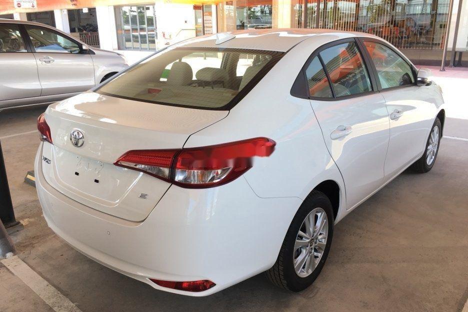 Cần bán Toyota Vios năm 2019, màu trắng giá cạnh tranh (5)