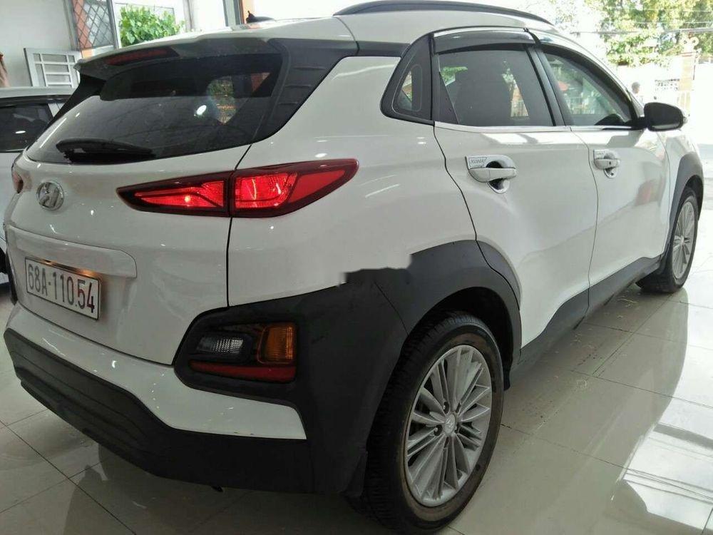 Cần bán lại xe Hyundai Kona đời 2018, màu trắng, nhập khẩu còn mới giá cạnh tranh (5)