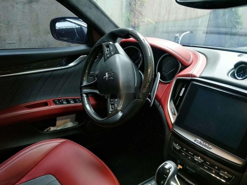 Cần bán lại xe Maserati Ghibli đời 2017, màu đen còn mới (3)