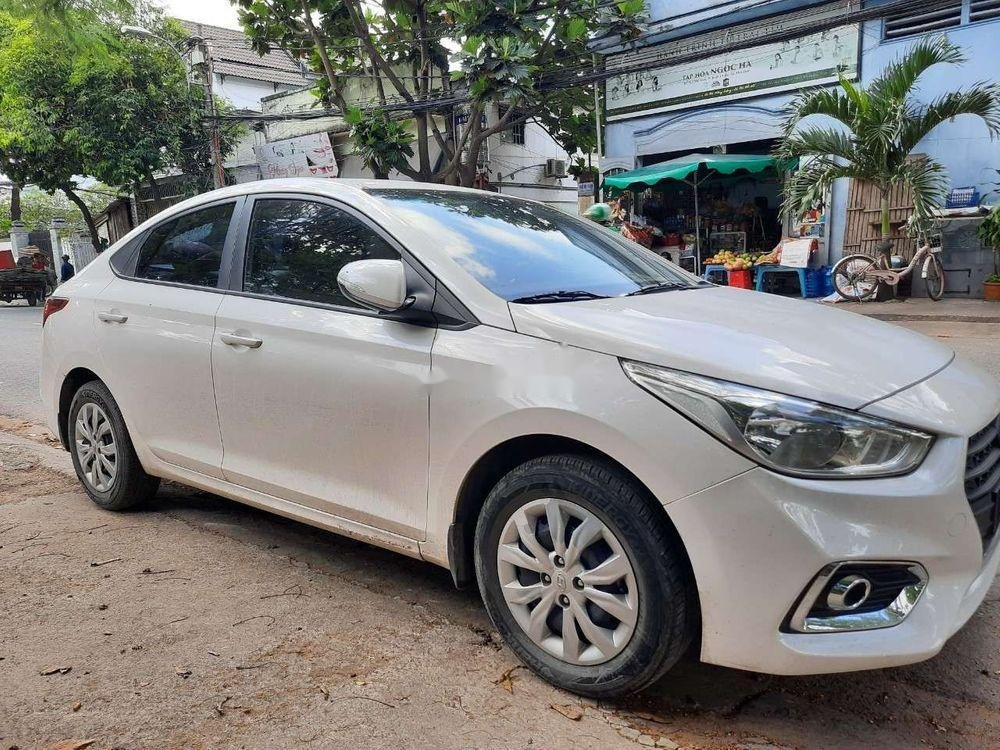 Cần bán xe Hyundai Accent 2018, xe đẹp keng (3)