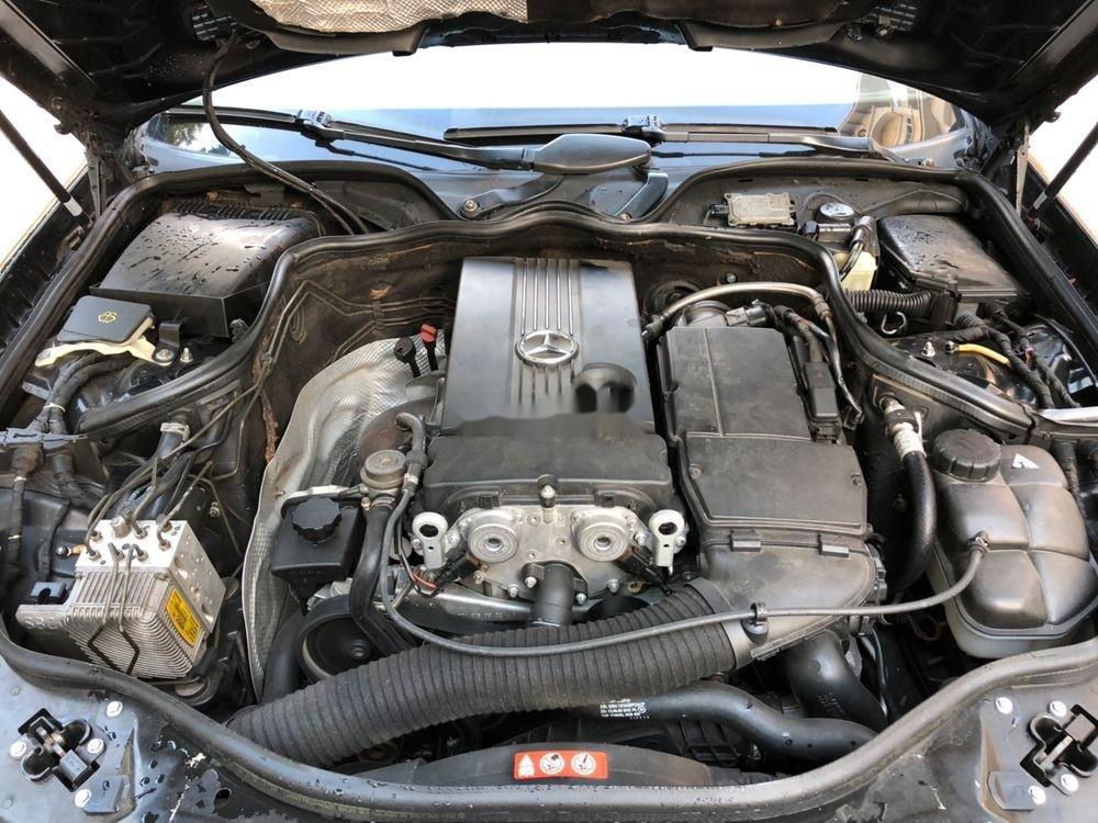 Bán xe Mercedes E class sản xuất năm 2004, giá chỉ 280 triệu (2)