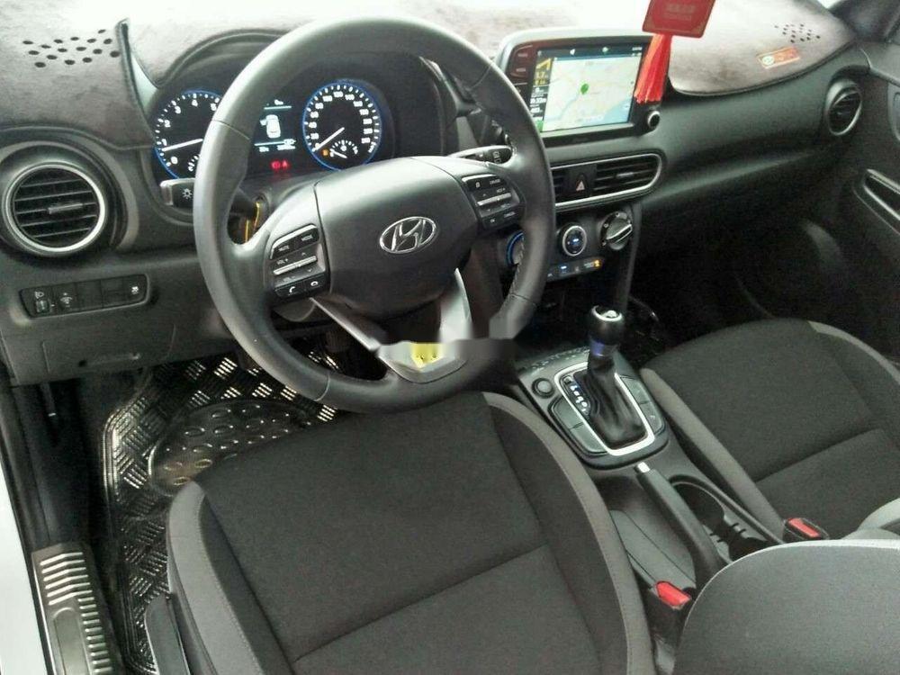 Cần bán lại xe Hyundai Kona đời 2018, màu trắng, nhập khẩu còn mới giá cạnh tranh (7)
