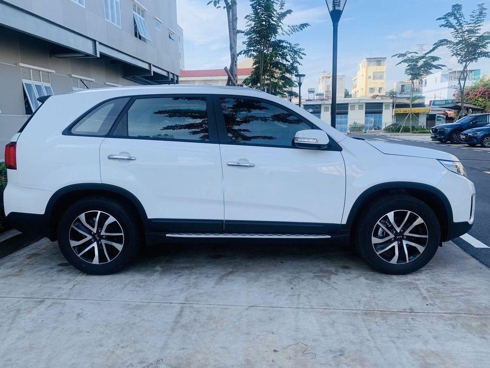 Cần bán xe Kia Sorento đời 2019, màu trắng, 949tr (5)