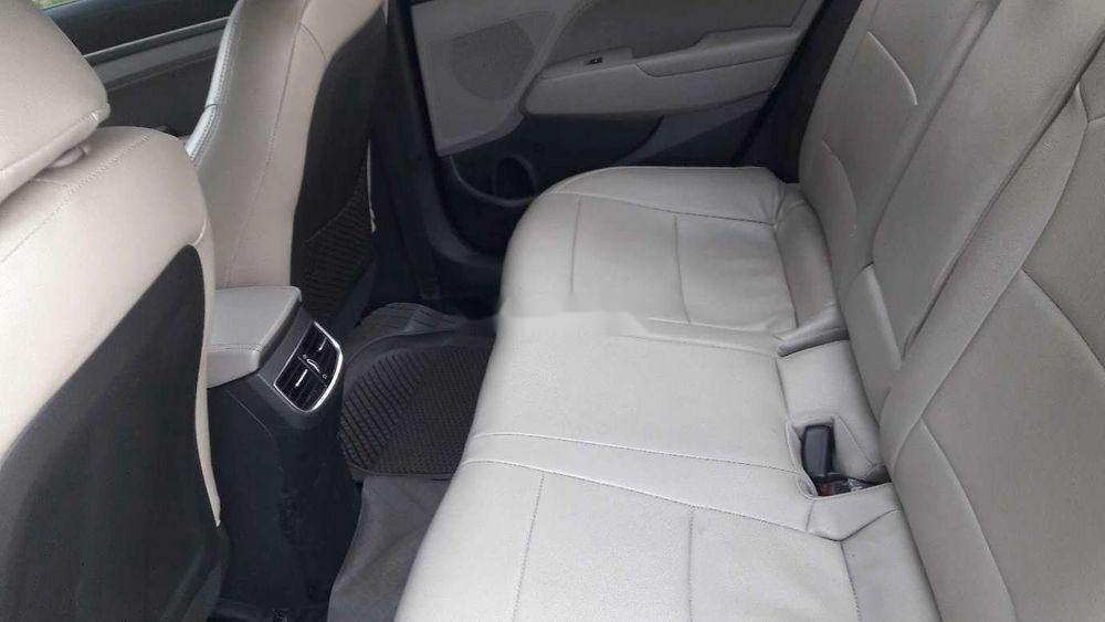Cần bán xe Hyundai Elantra đời 2017, 480tr (2)