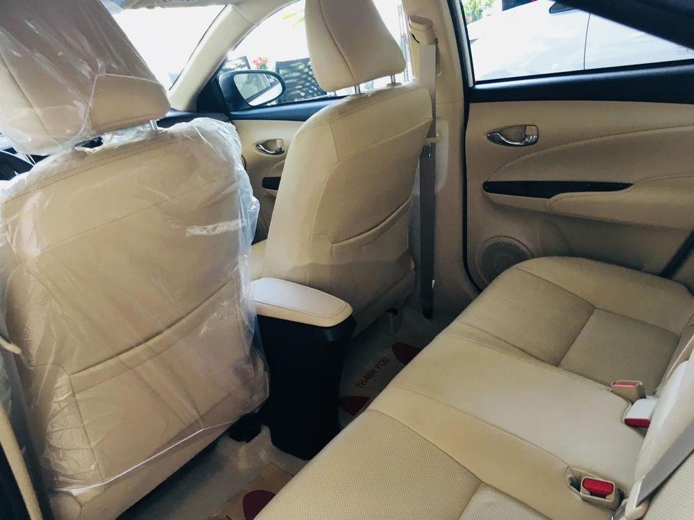 Cần bán Toyota Vios năm 2019, màu trắng giá cạnh tranh (4)