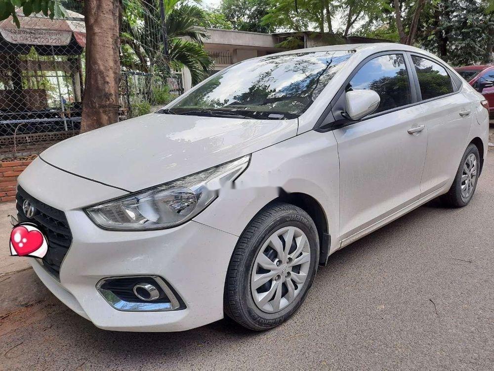 Cần bán xe Hyundai Accent 2018, xe đẹp keng (4)