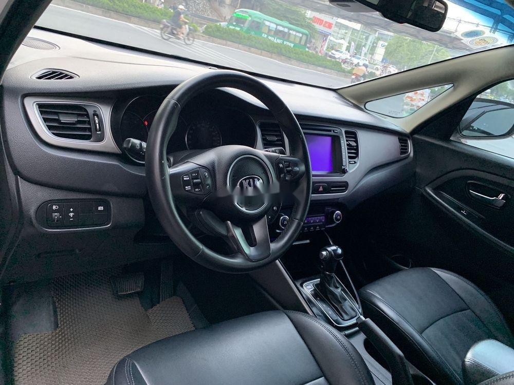 Cần bán lại xe Kia Rondo năm 2016 còn mới giá cạnh tranh (8)