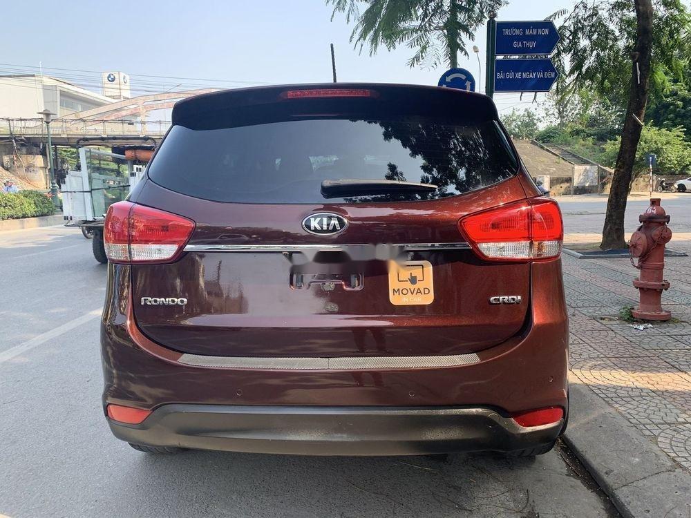 Cần bán Kia Rondo sản xuất 2016, màu đỏ, xe nhập còn mới (4)