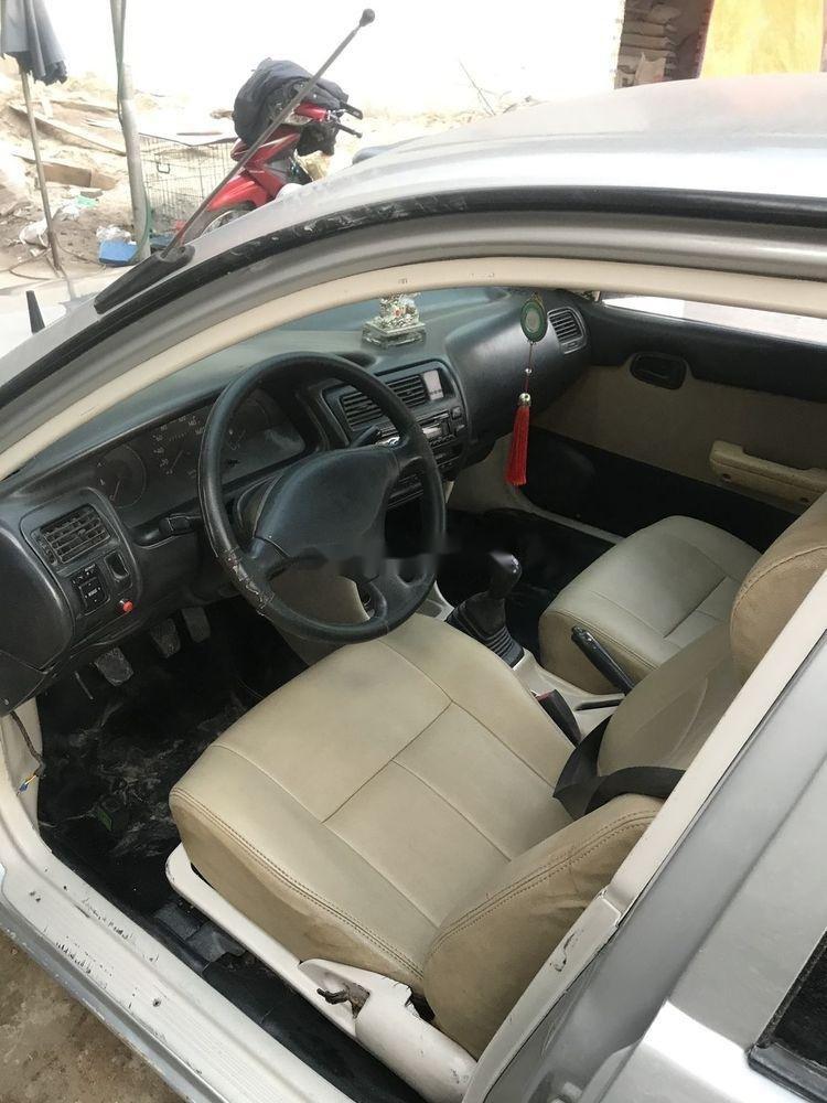 Bán xe Toyota Corolla đời 1995, màu bạc, nhập khẩu, máy ngon (2)
