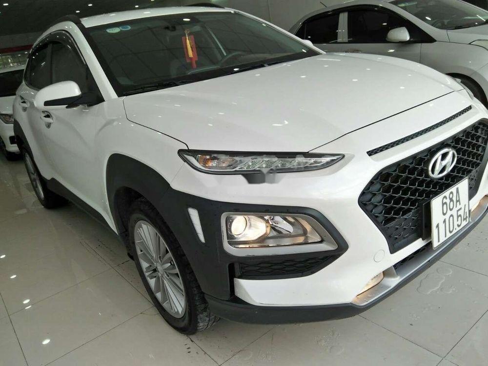 Cần bán lại xe Hyundai Kona đời 2018, màu trắng, nhập khẩu còn mới giá cạnh tranh (4)