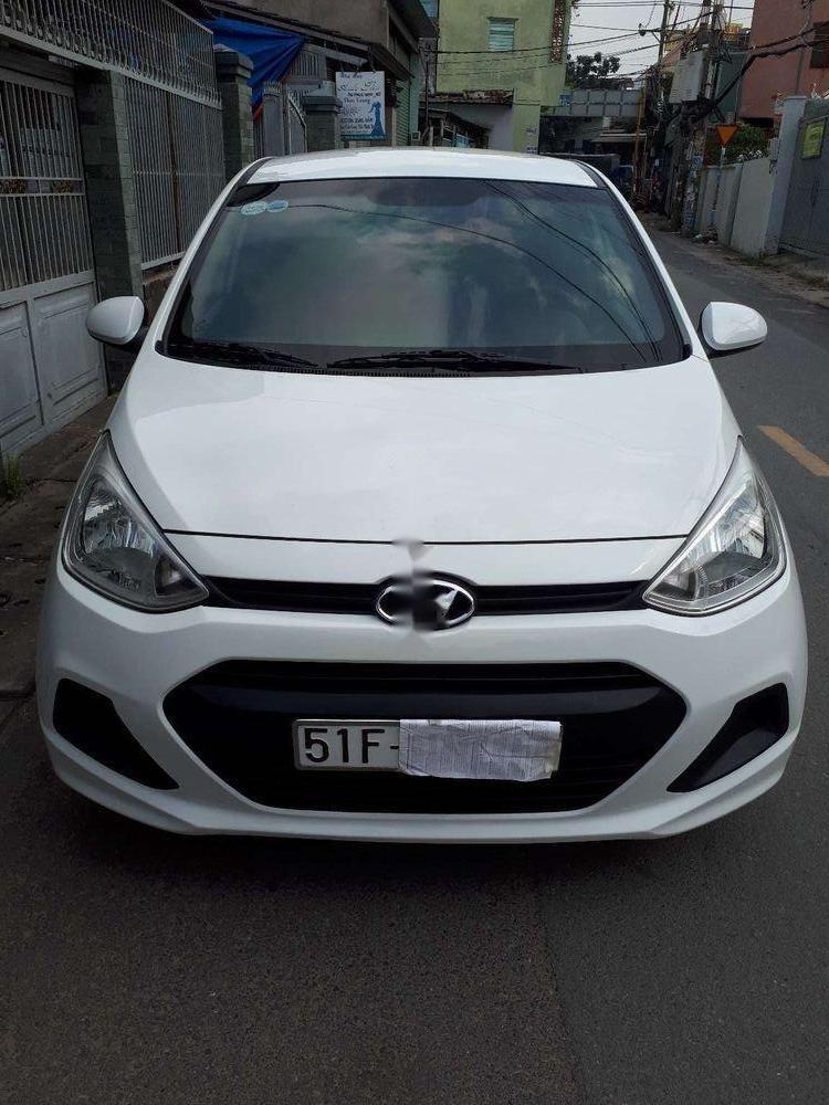 Cần bán xe Hyundai Grand i10 năm 2015, màu trắng, nhập khẩu (1)