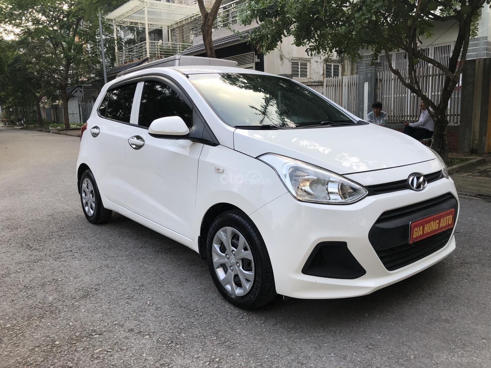 Cần bán lại chiếc xe Hyundai Grand i10 đời 2016, màu trắng, nhập khẩu (1)