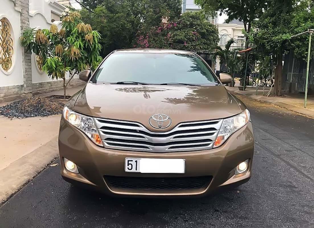Bán Toyota Venza năm 2010, màu vàng cát, nhập khẩu (2)