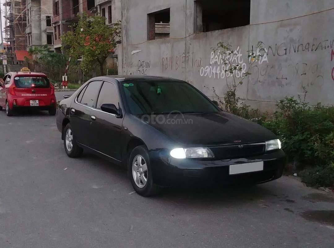 Bán Nissan Bluebird năm sản xuất 1995, màu đen, nhập khẩu  (1)