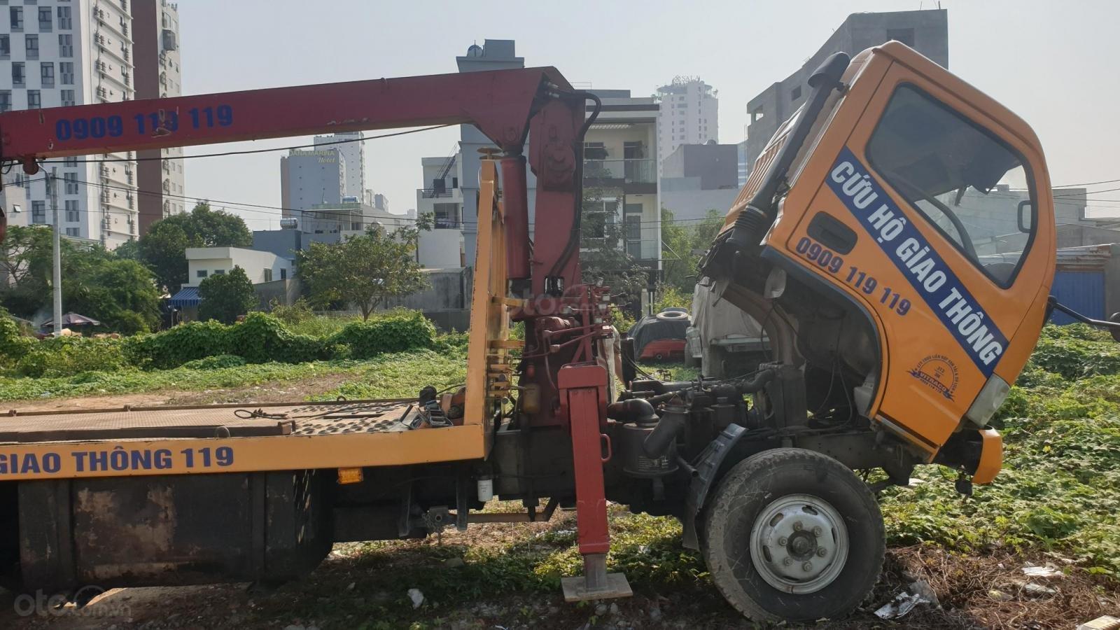 Thanh lý xe cứu hộ giao thông có cẩu 2011, giá 450tr (1)