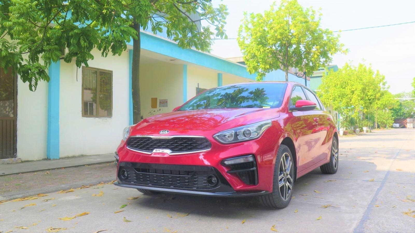 Bán xe Kia Cerato 1.6 AT Luxury SX 2019 màu đỏ giá 635 triệu (1)