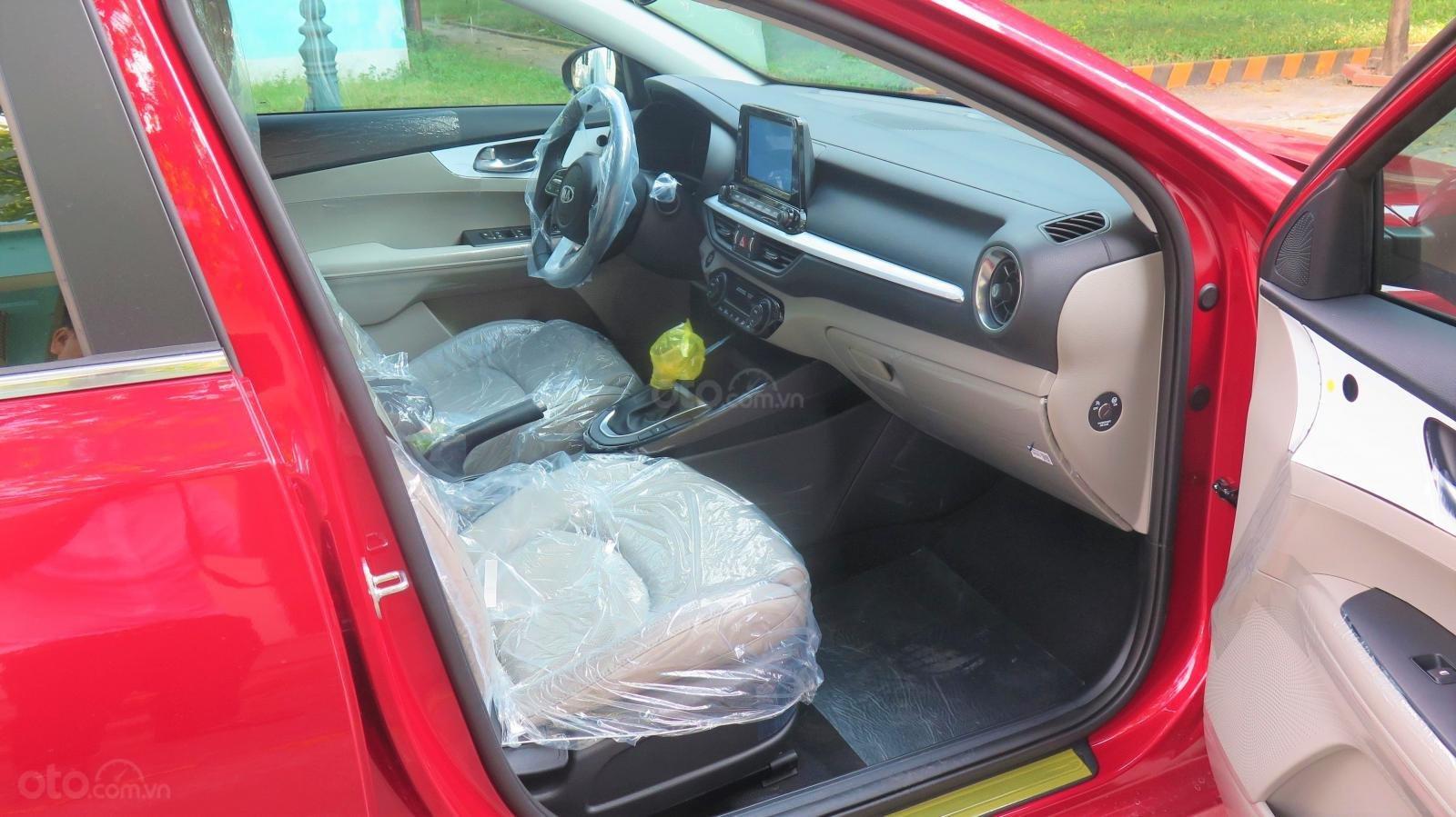 Bán xe Kia Cerato 1.6 AT Luxury SX 2019 màu đỏ giá 635 triệu (15)