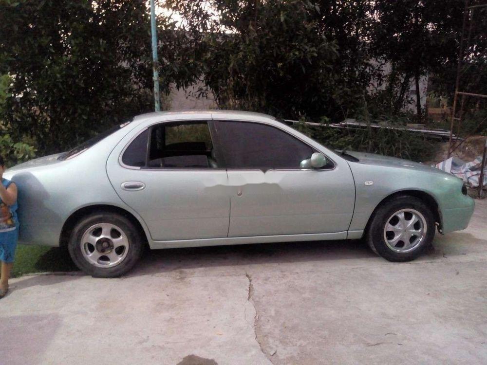Cần bán xe Nissan Bluebird đời 1994, giá chỉ 70 triệu (4)