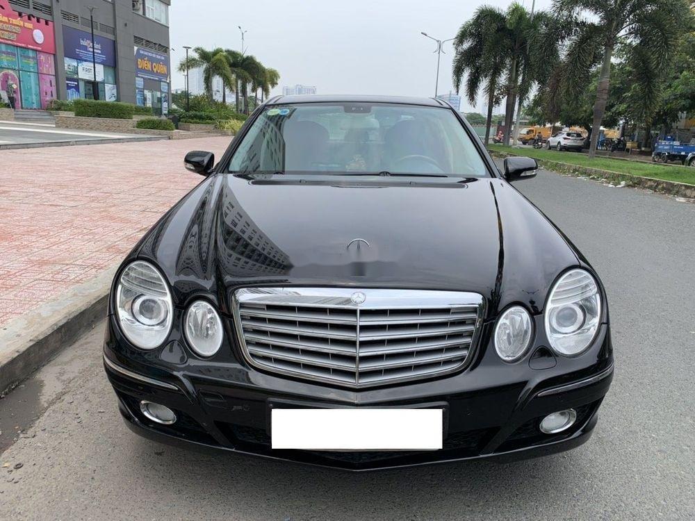 Cần bán xe Mercedes E class đời 2006, màu đen còn mới, 390tr (6)