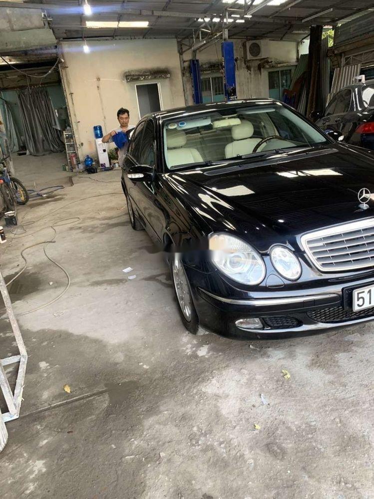 Cần bán xe Mercedes E class đời 2004, nhập khẩu (6)
