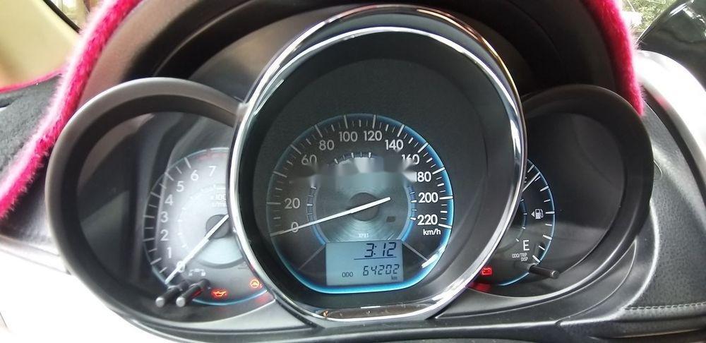 Bán Toyota Vios đời 2014, màu bạc còn mới (2)