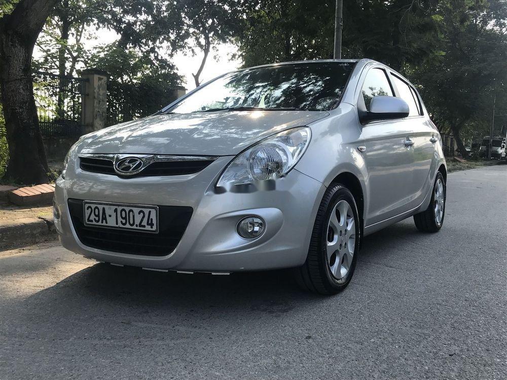 Cần bán Hyundai i20 đời 2011, nhập khẩu nguyên chiếc (1)