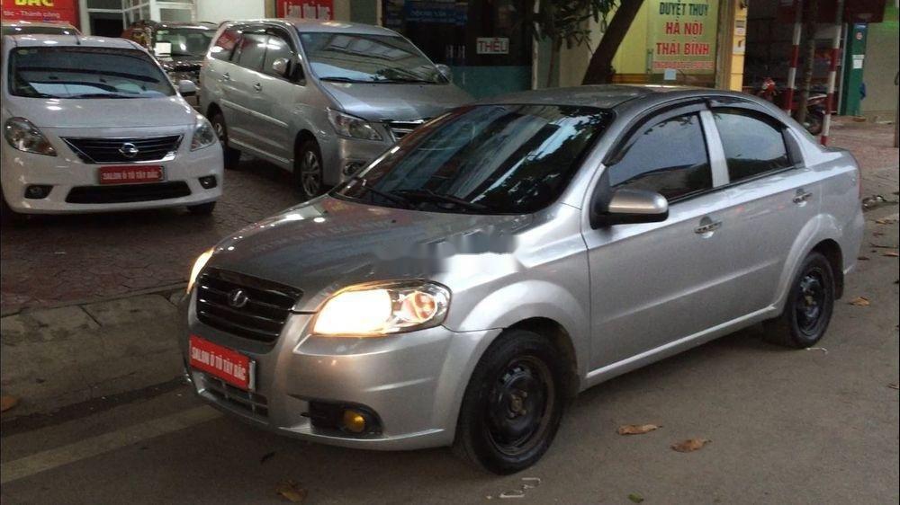 Cần bán lại xe Daewoo Gentra đời 2011, màu bạc còn mới (7)