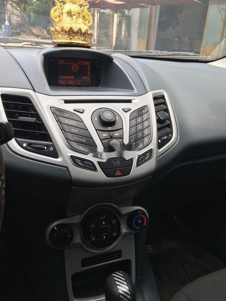 Cần bán xe Ford Fiesta năm 2011, nhập khẩu nguyên chiếc (7)