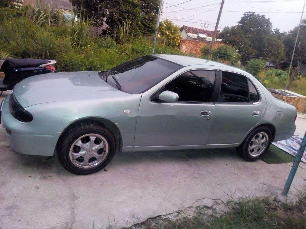 Cần bán xe Nissan Bluebird đời 1994, giá chỉ 70 triệu (1)
