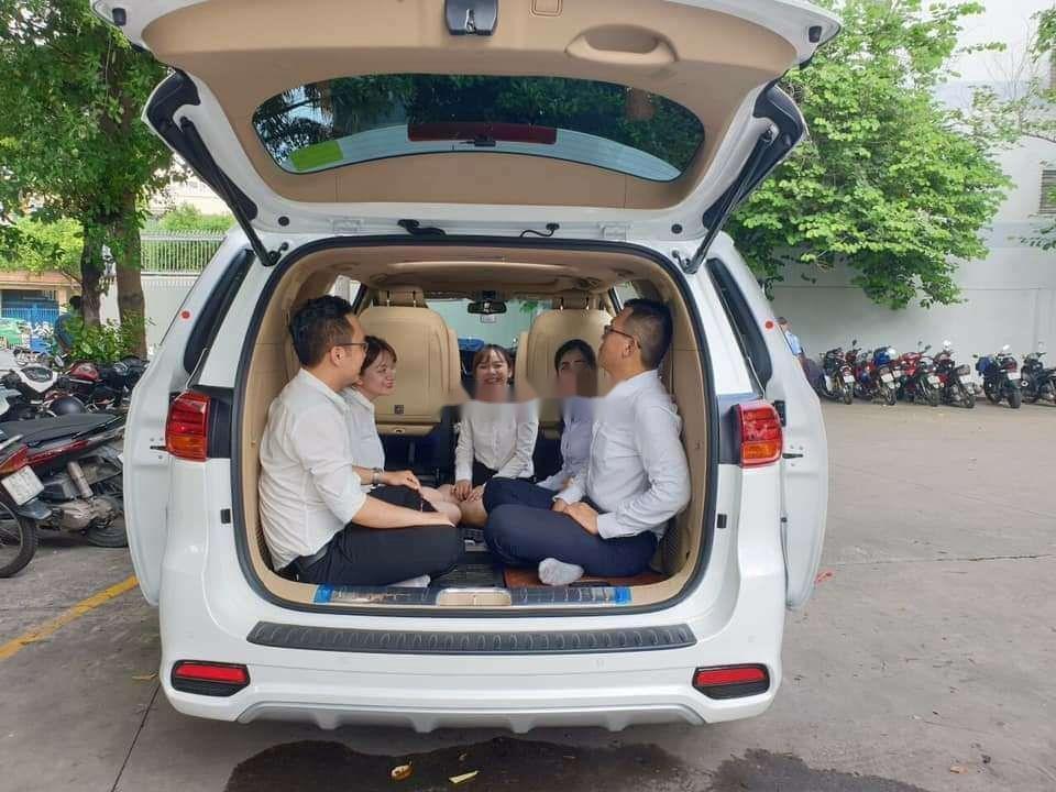 Bán ô tô Kia Sedona sản xuất năm 2019, màu trắng, xe nhập (8)