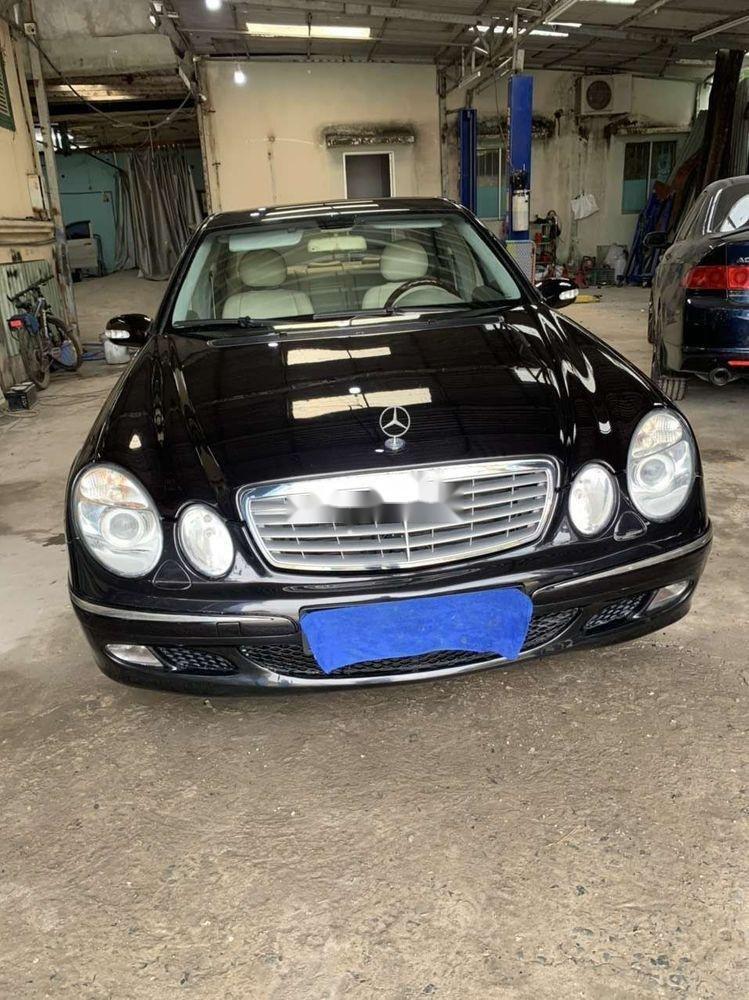 Cần bán xe Mercedes E class đời 2004, nhập khẩu (10)